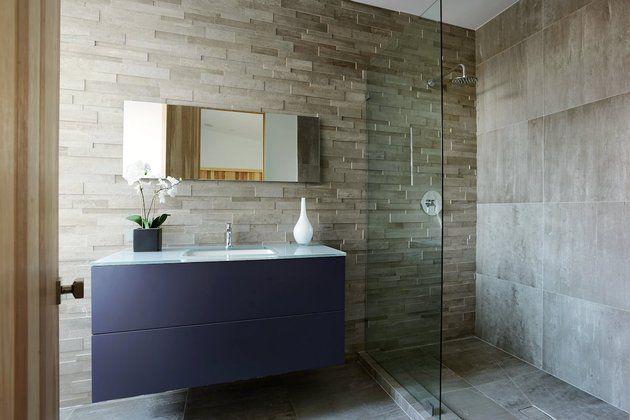 contemporary-home-pool-black-white-iterior-40-bed-3-bath.jpg