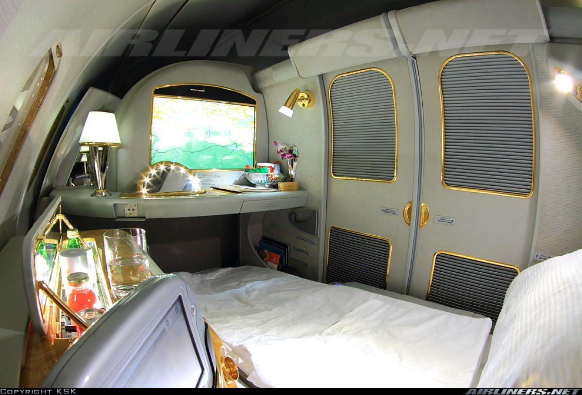 Fabulous cabins of flying palace of airbus a380 aviones