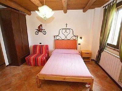 Ferienhaus Villa Due Sicilie - Schlafzimmer in freundlichen Farben