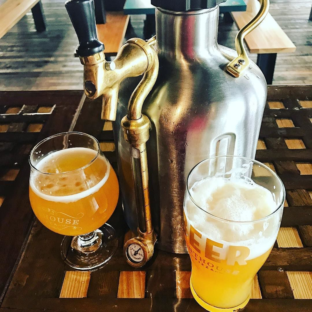Ukeg Fill And A Pour Of Electric Jellyfish R And Just Won Best Ipa In Austin And That New Vermont Ipa Called Droi Beer Brewing Best Ipa Craft Beer