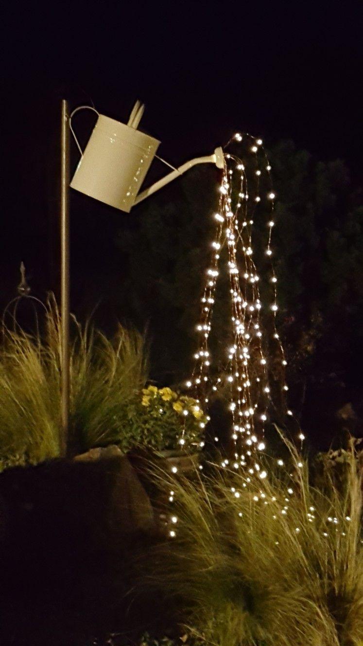Giesskanne Mit Lichterkette Wassertropfen Balconylighting Water
