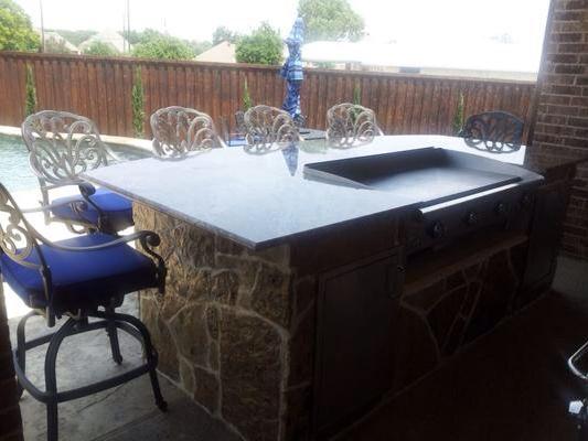 Hibachi Grill In 2020 Backyard Kitchen Outdoor Kitchen Bars