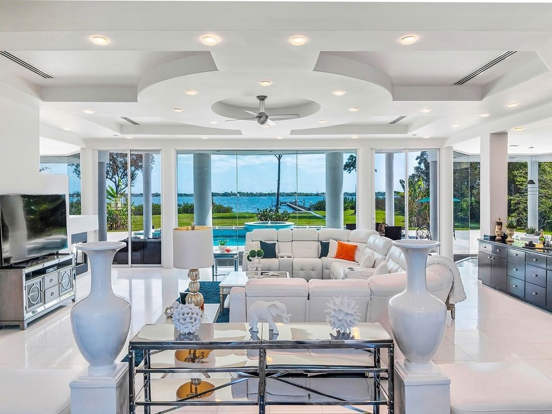 Pin by Sedona on Home & Design in 2020 Florida home