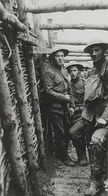U.S. Marines in a trench circa 1918 [353 X 640] #HistoryPorn #history #retro http://ift.tt/1U7cj9j