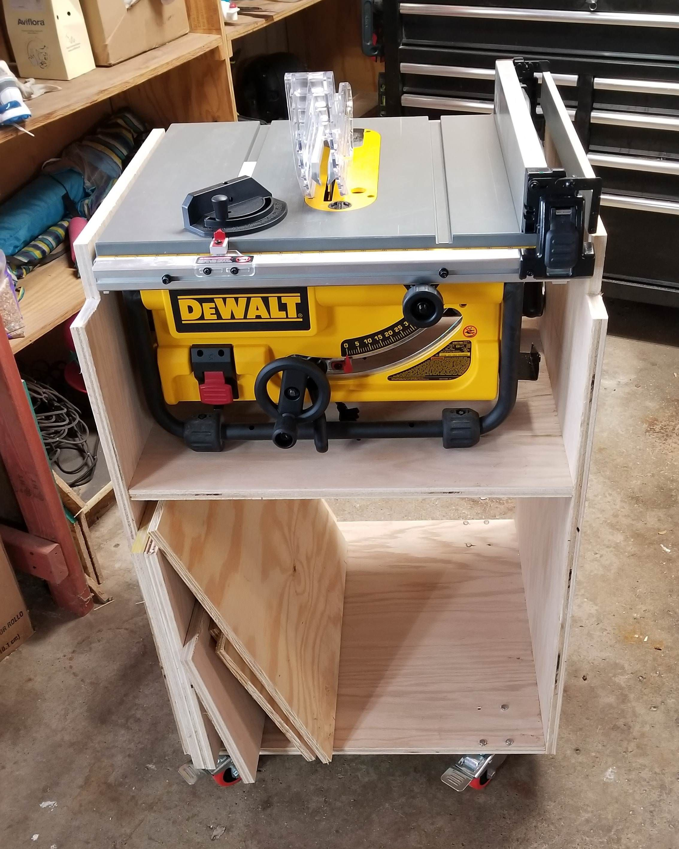 Table Saw Cart Http Ift Tt 2e08z6l Table Saw Woodworking