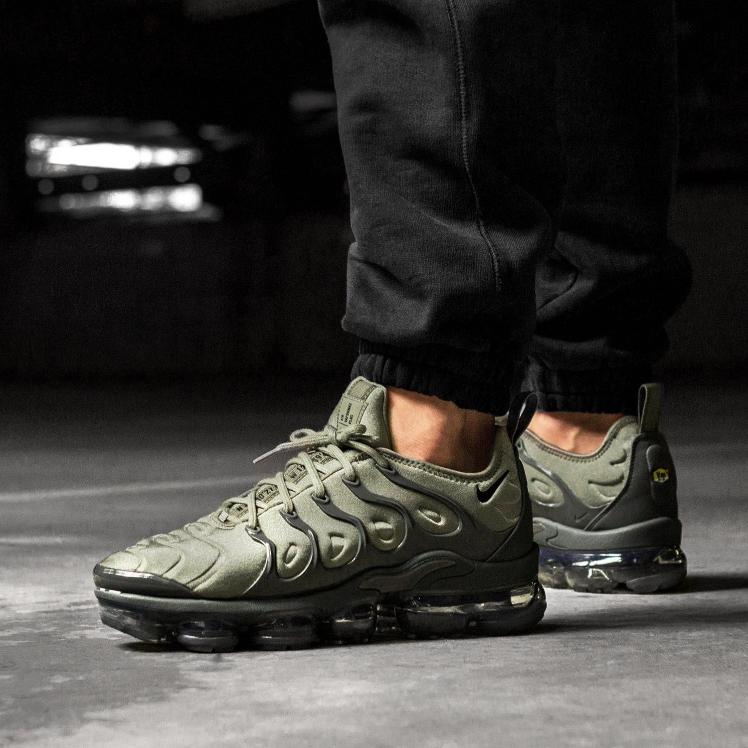 utterly stylish huge sale shop Nike Air Vapormax Plus in 2019 | Sneakers fashion, Nike ...