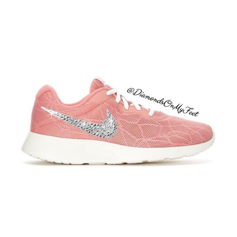 nike wmns tanjun chaussures de sport femme