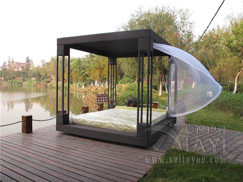 Outdoor Canopy Bed wicker canopy bed - pruteny baldachyn postel   prútené - wicker vs