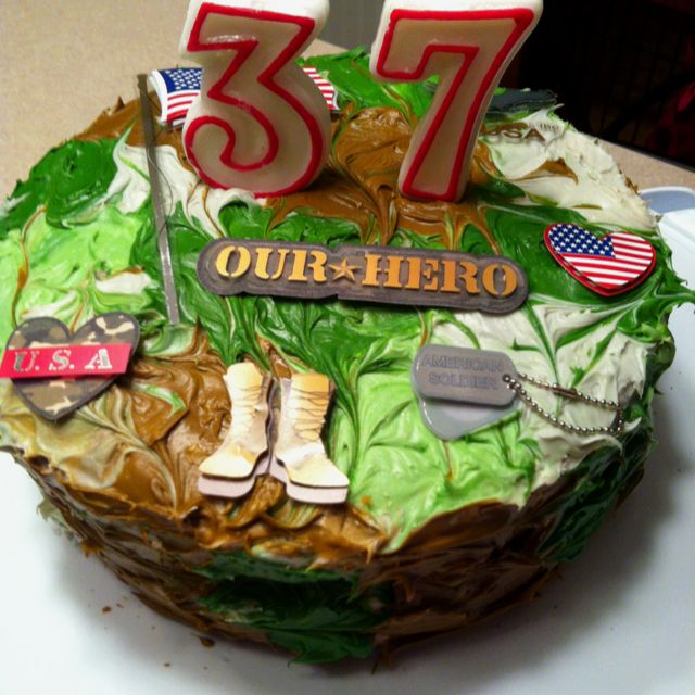 I Want To Make This For My Hubbys Bday Deployment Cake Army Birthday Cakes