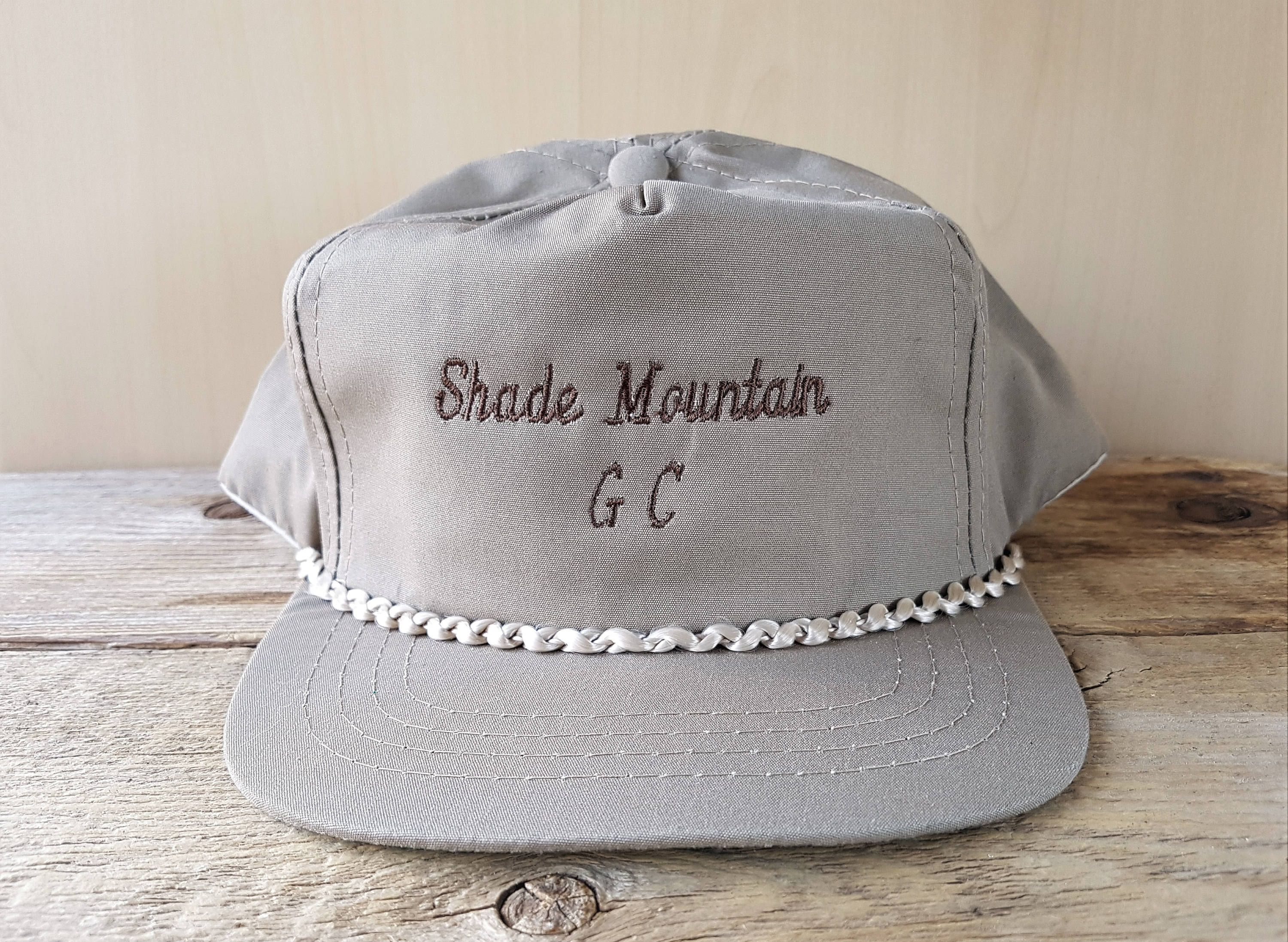 Shade Mountain Golf Course Vintage Taupe Colored Golfing Snapback Hat Rope Lined Town Talk Cap Pennsylvania Golf Country Club Souvenir In 2020 Taupe Color Taupe Snapback Hats