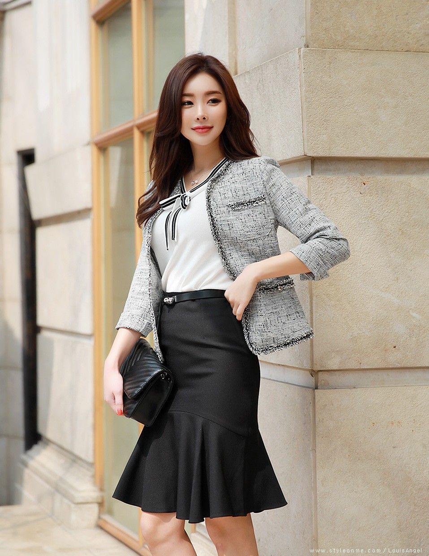 e13b7bc79 Roupas Coreanas, Moda Evangelica, Saias, Traje Formal De Casamento, Trajes  De Casamento