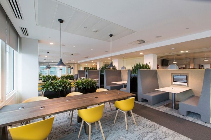 Aspen Insurance Offices by Mansfield Monk London England