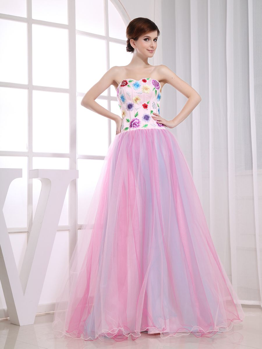 Fantasy princess wedding themes red white and pink wedding rings