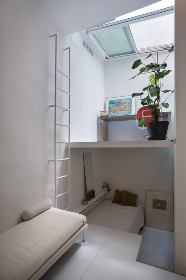 Singular urban shelter by Mycc architecture studio 20 square - interieur aus beton und aluminium urban wohnung