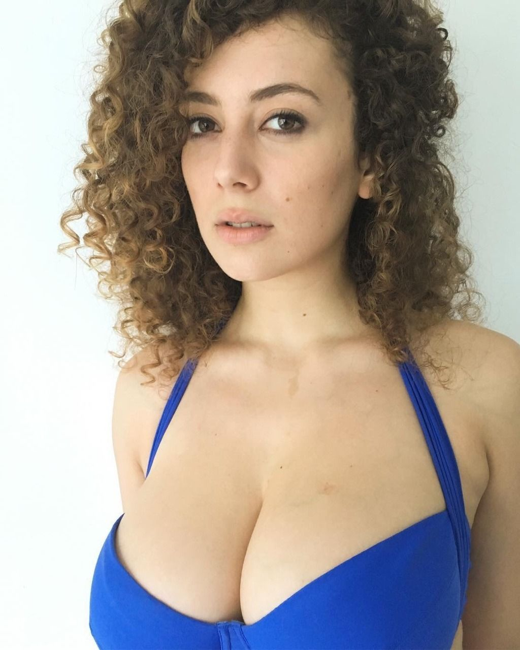 Hot Leila Lowfire nudes (35 foto and video), Pussy, Sideboobs, Selfie, swimsuit 2015