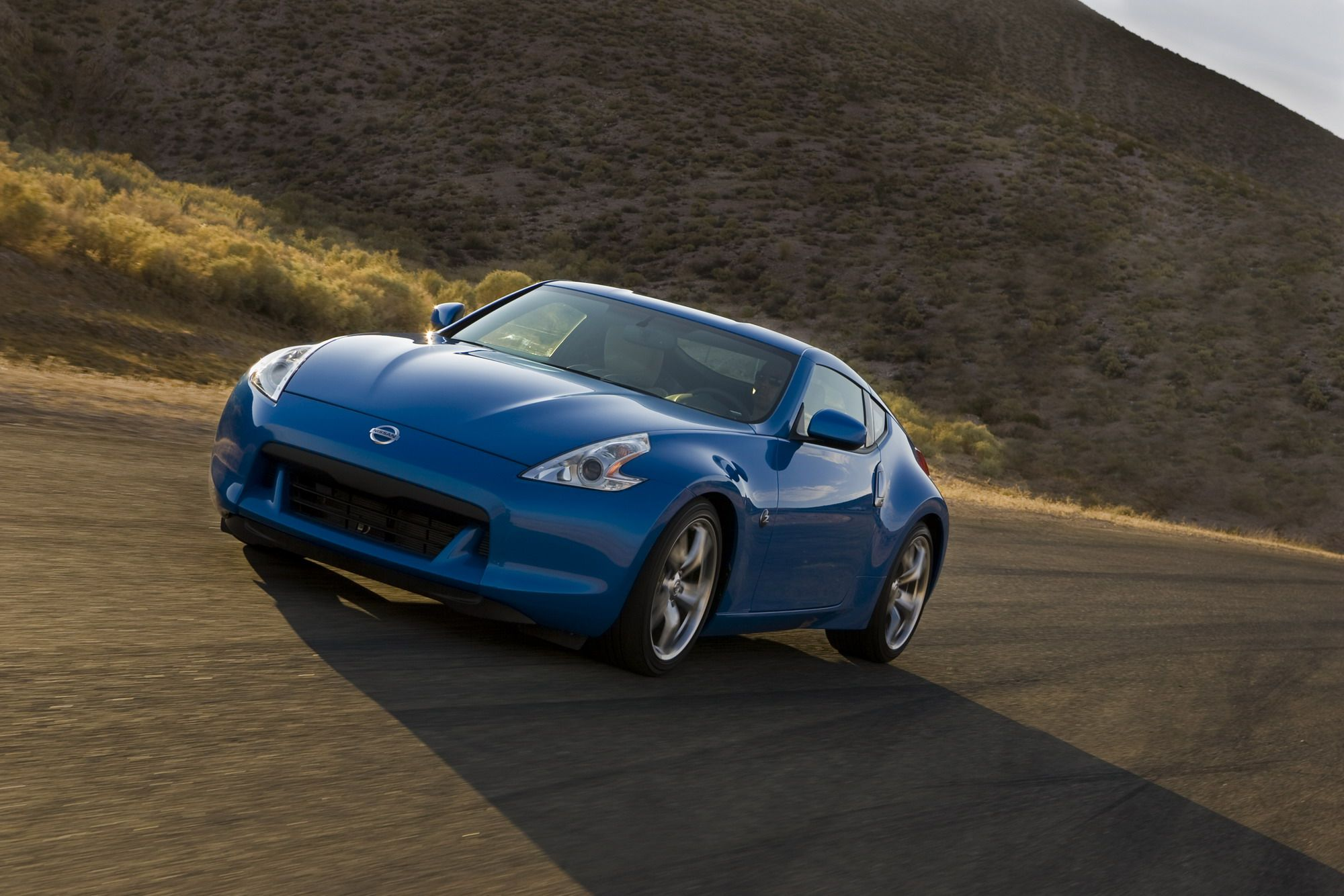 The Science Behind Nissan S Vq Engine Is Beyond A Stroke Of Genius Top Speed Used Sports Cars Sports Cars Cool Sports Cars