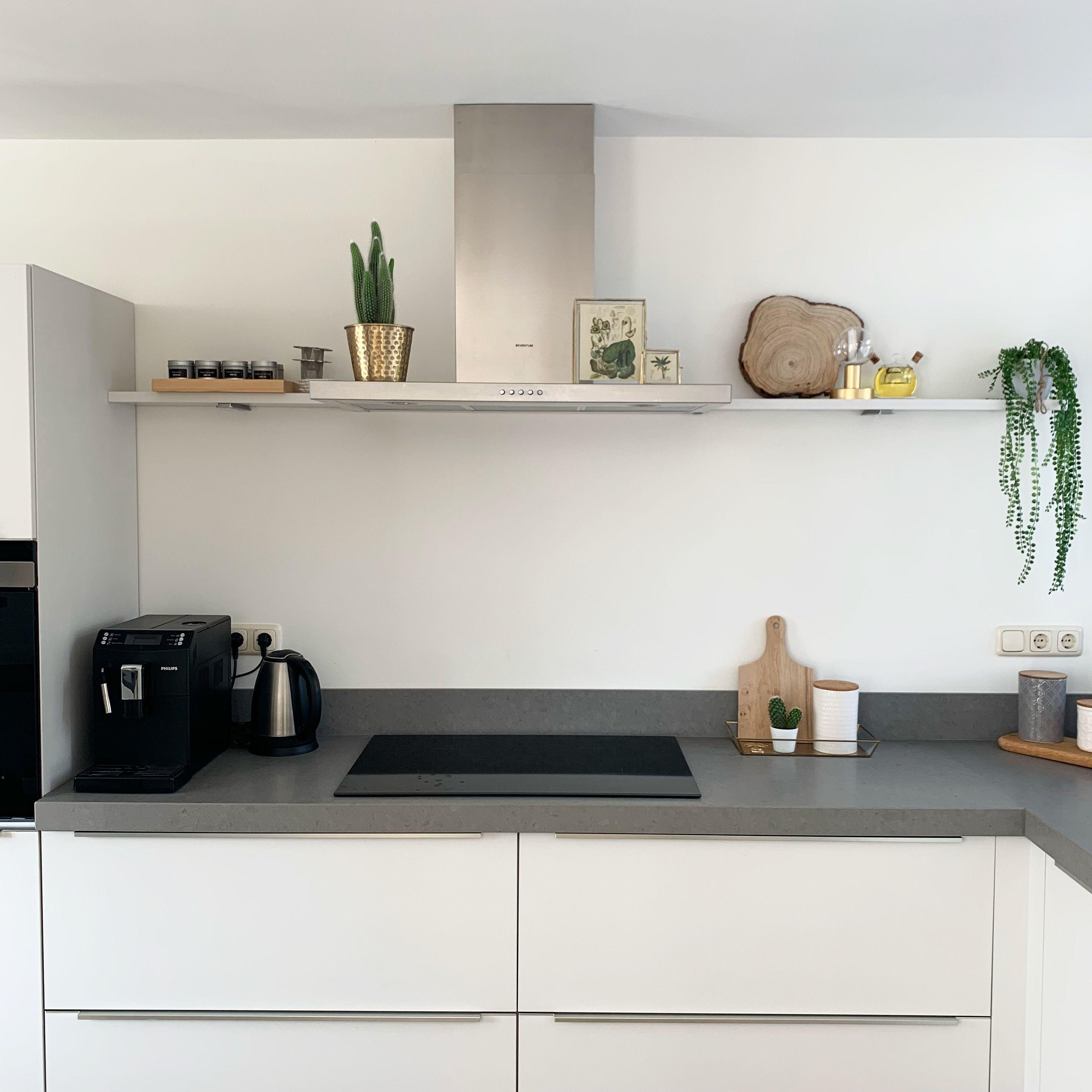 Kijkje In De Keuken By Ils Keuken Aanrecht Keuken Decoratie Keuken Grijs