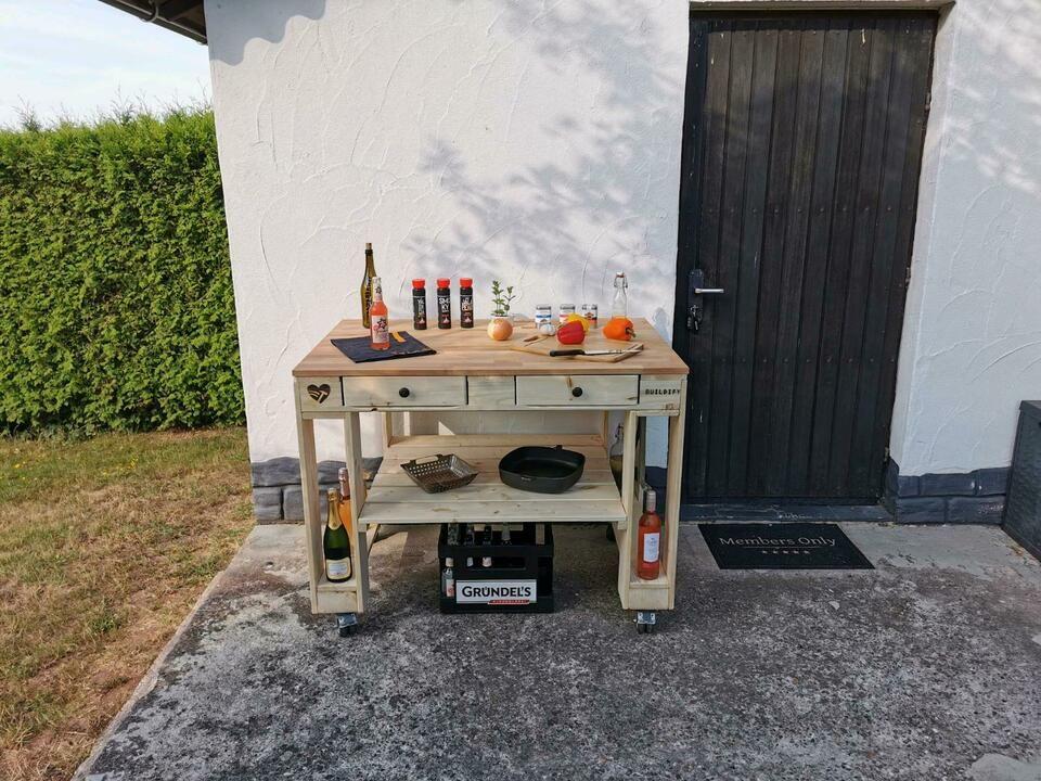 Grilltisch Outdoorkuche Garten Tisch Beistelltisch Europalette In Saarland Blieskastel Ebay Kleinanzeigen Grilltisch Mobel Aus Paletten Palettenmobel