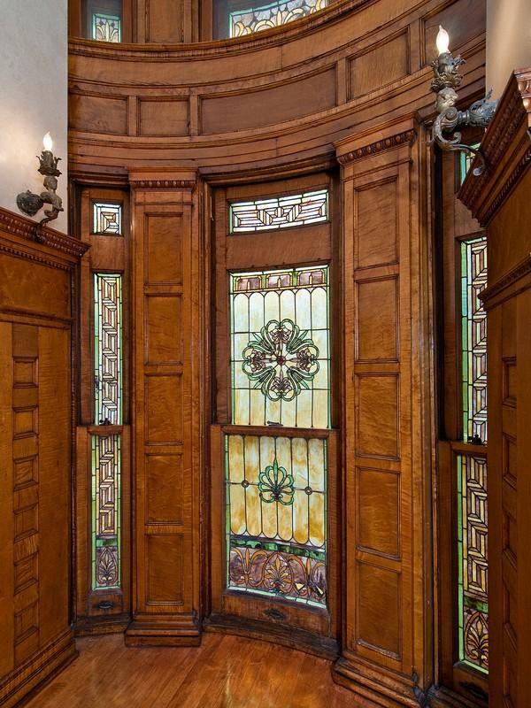 Old world gothic and victorian interior design victorian interior gothic interior victorian for Victorian woodwork