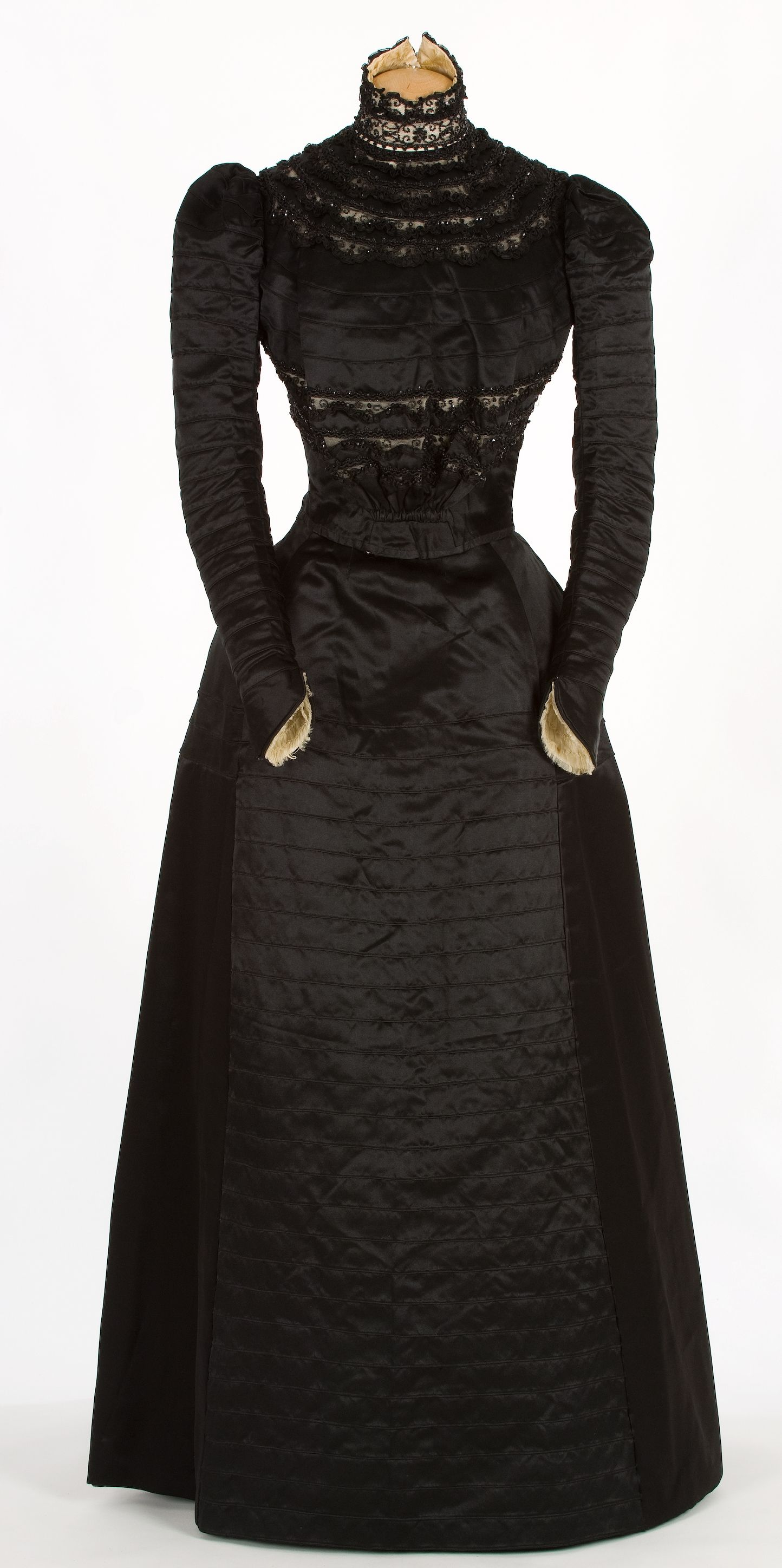 1895-1900 Black silk and tulle embroidered with jet Wedding Dress, María Molist, Spanish.