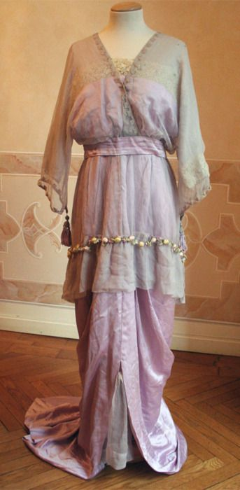 1910's Evening dress - via Abiti Antichi