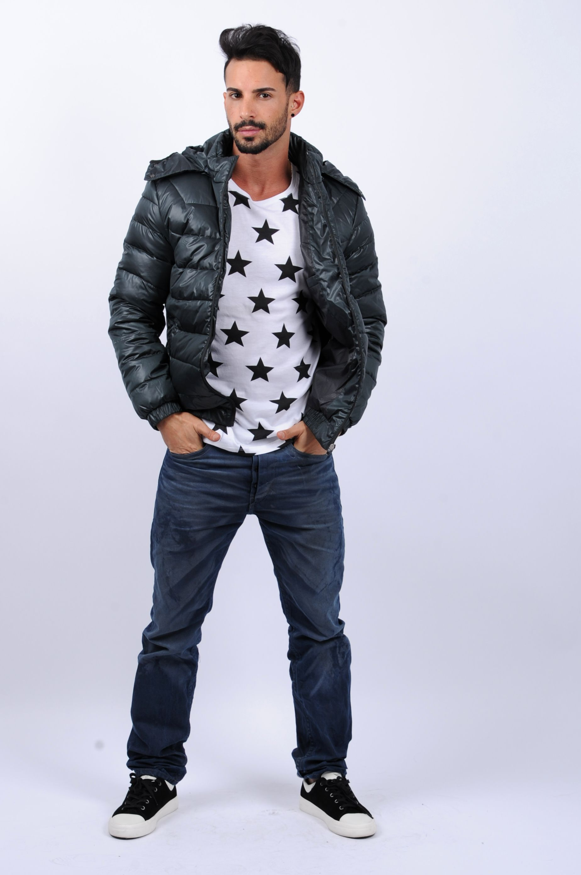 Hooded Down Coat Black slim.... i want that shirt but they only sell the coat :(