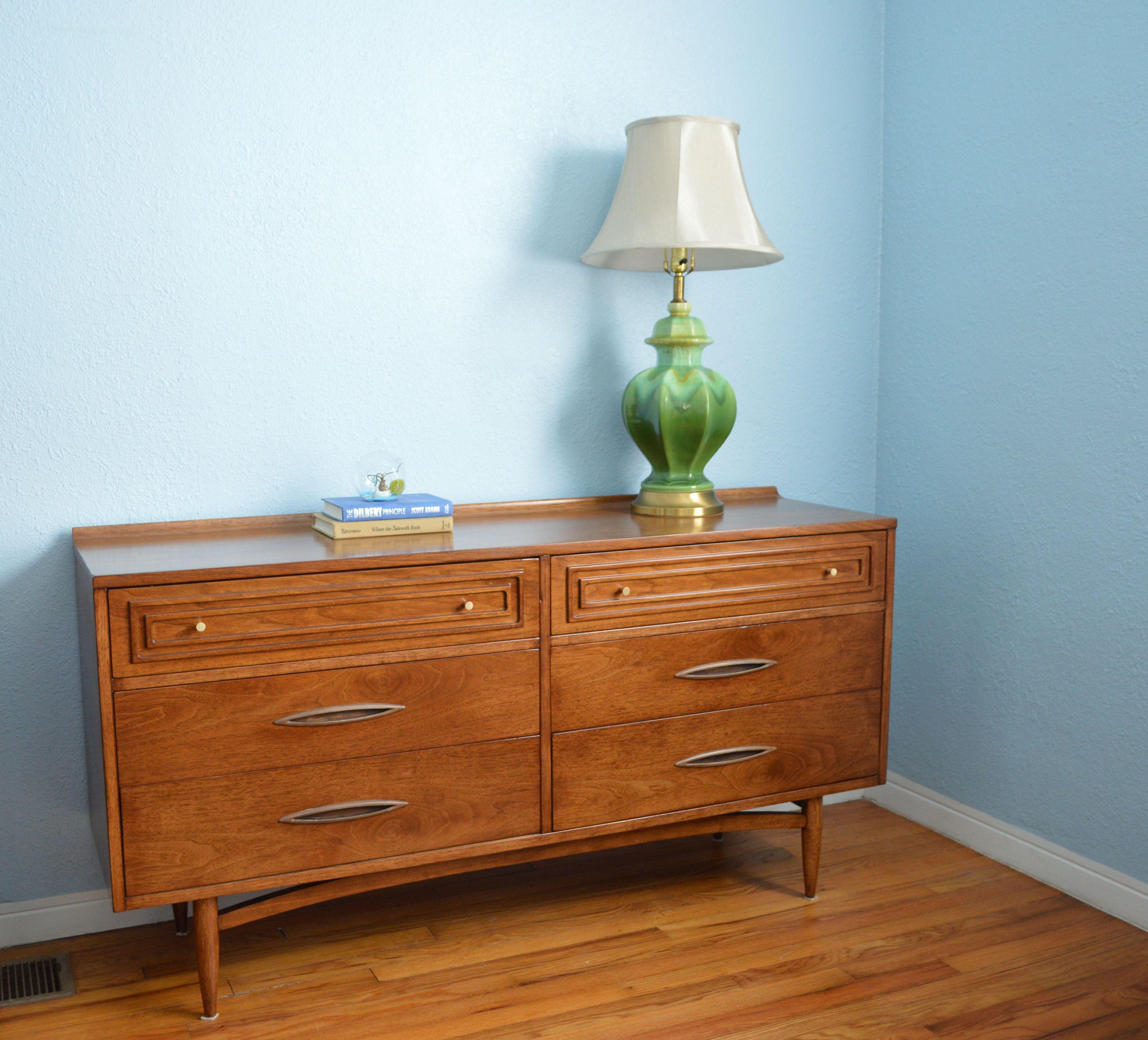 Best Mid Century Broyhill Sculptra Dresser Dresser As 640 x 480