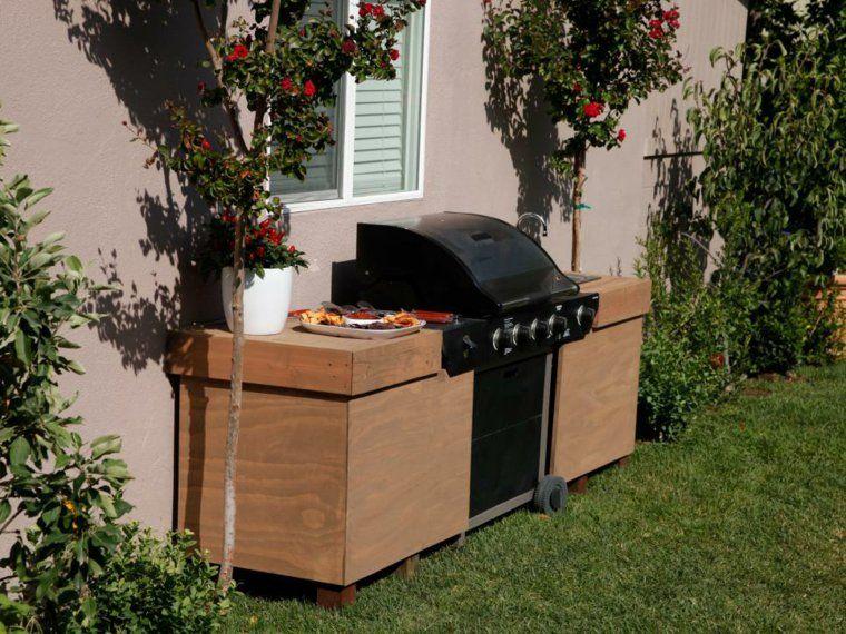 Barbecue moderne et idées de cuisine extérieure pour l\'été