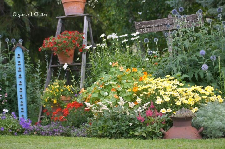 Photo of How To Add Vertical Interest To Your Flower Beds & Containers