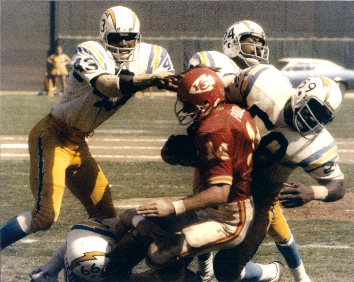 Pin by Rick on Vintage AFL   Kansas city chiefs football ...