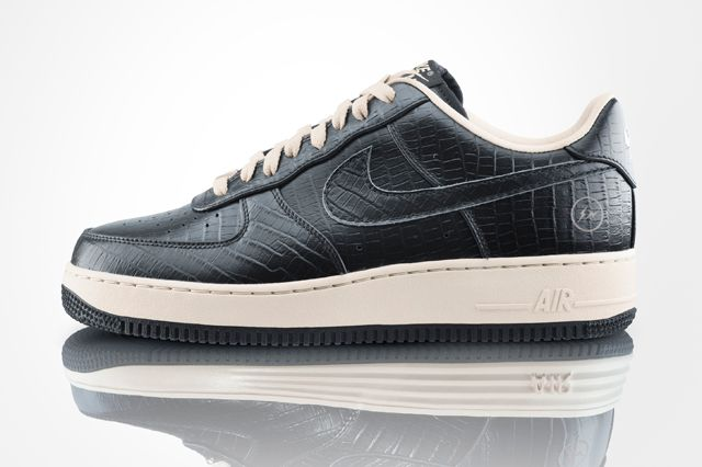 MUST HAVE: NIKE AIR FORCE 1 LOW