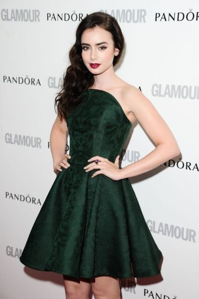 Lily Collins | Green dress makeup, Lily collins style, Dresses