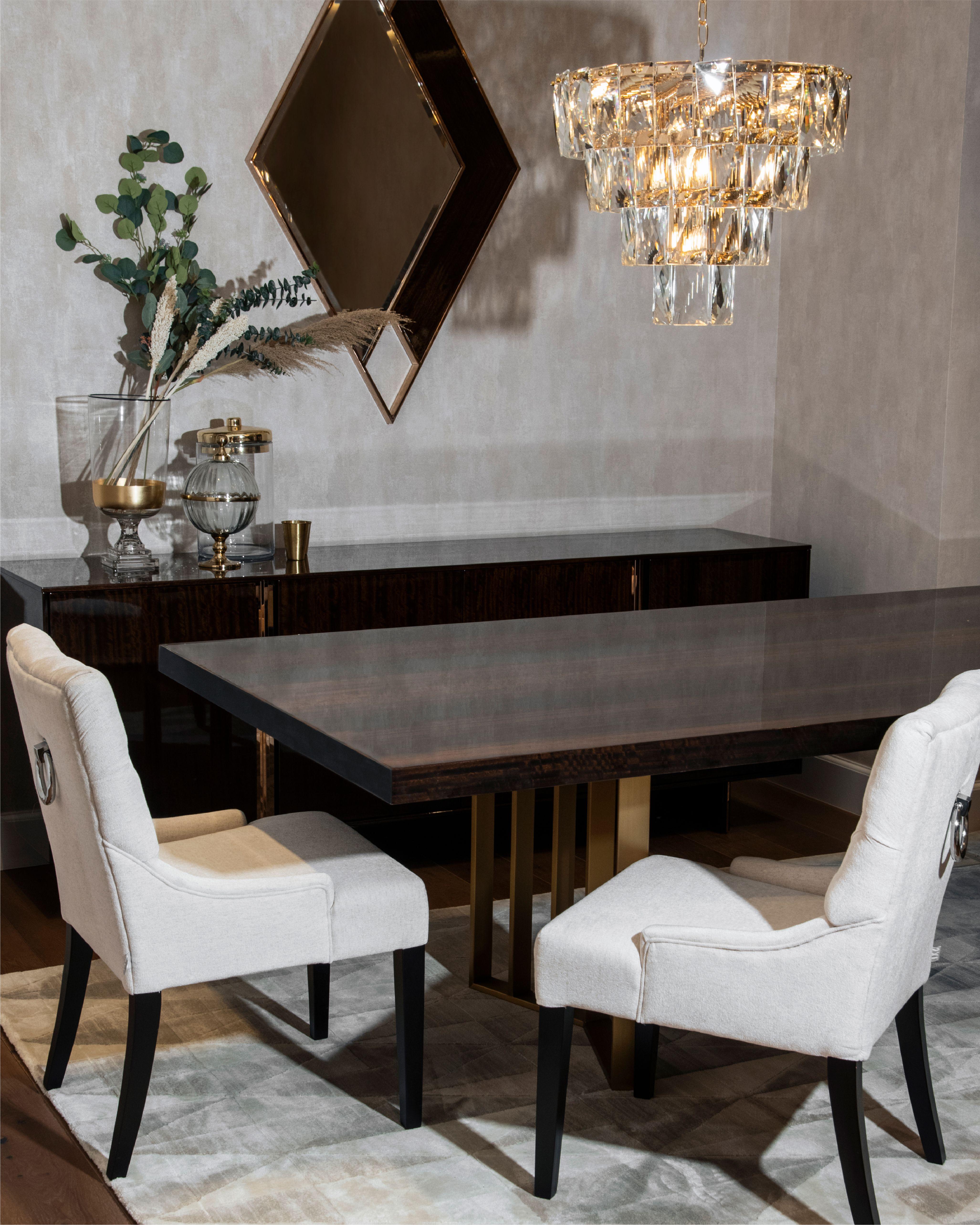 هل تبحث عن تصاميم غرف الطعام المثالية تفضل بزيارة أفرعنا أو موقعنا الالكتروني للاطلاع على جميع التشكيلات Looking For The Dining Chairs Home Decor Dining Bench