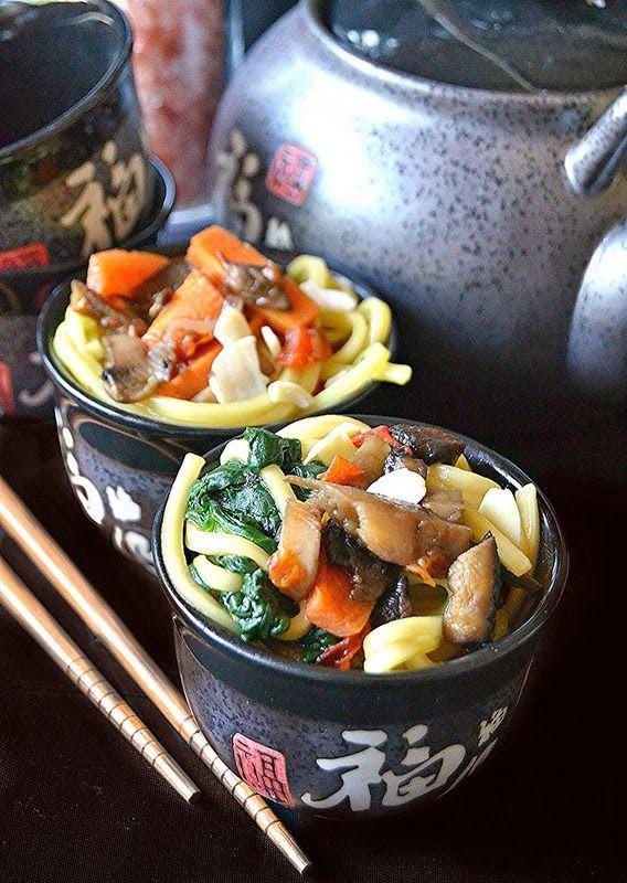 Dolci a go go: Cucine dal mondo-Zuppa di noodles alle verdure ...
