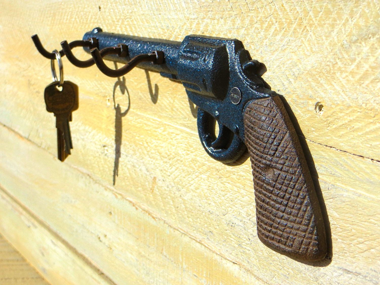 Pistol Key Holder - Gun Key Hook - Cast Iron Key Hooks - Key Hanger ...