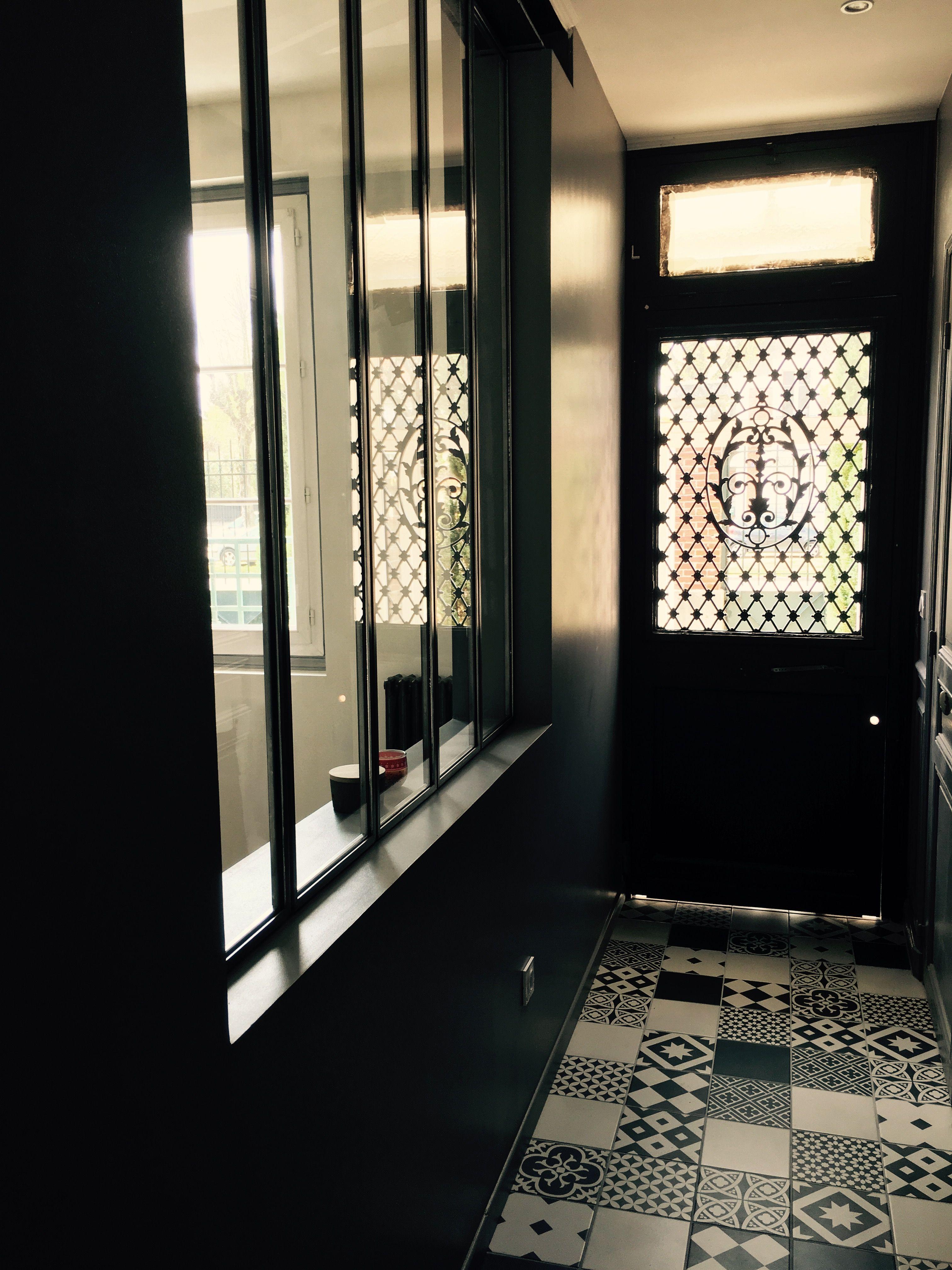 entr e porte ancienne carreau ciment leroy merlin et verri re esprit atelier la maison home. Black Bedroom Furniture Sets. Home Design Ideas