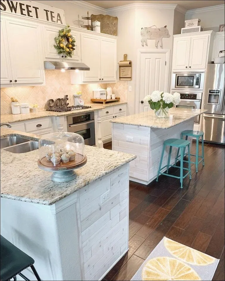 25 farmhouse kitchen ideas pictures of country farmhouse kitchens on a budget new for 2020 on kitchen ideas on a budget id=54015