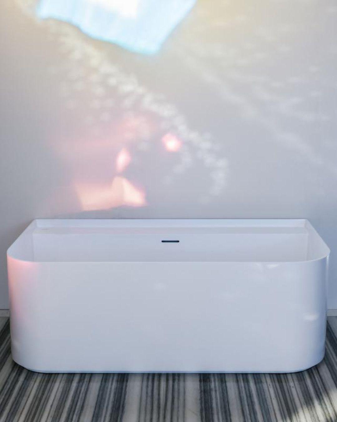 Laufen Sonar Sieht Aus Wie Eine Freistehende Badewanne Ist Aber An Der Wand Platziert Und Kreiert So Selbst In Klein Bathtub Washing Machine Laundry Machine