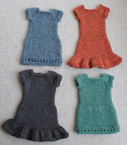 Ravelry: Doll clothes(Sack dress) pattern by nioknits ...