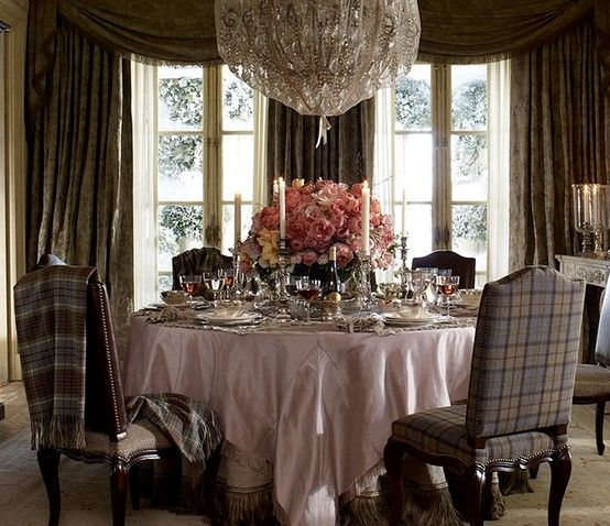 whats around that chandelier? in 2019 | Dining room design ...