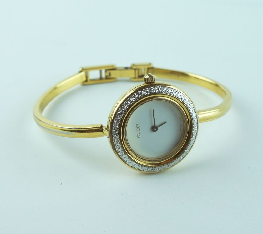 6467f706e79 Vintage GUCCI 11 12.2 1100 L Gold Plated Bangle Watch w  Diamond Cut Bezel   Gucci