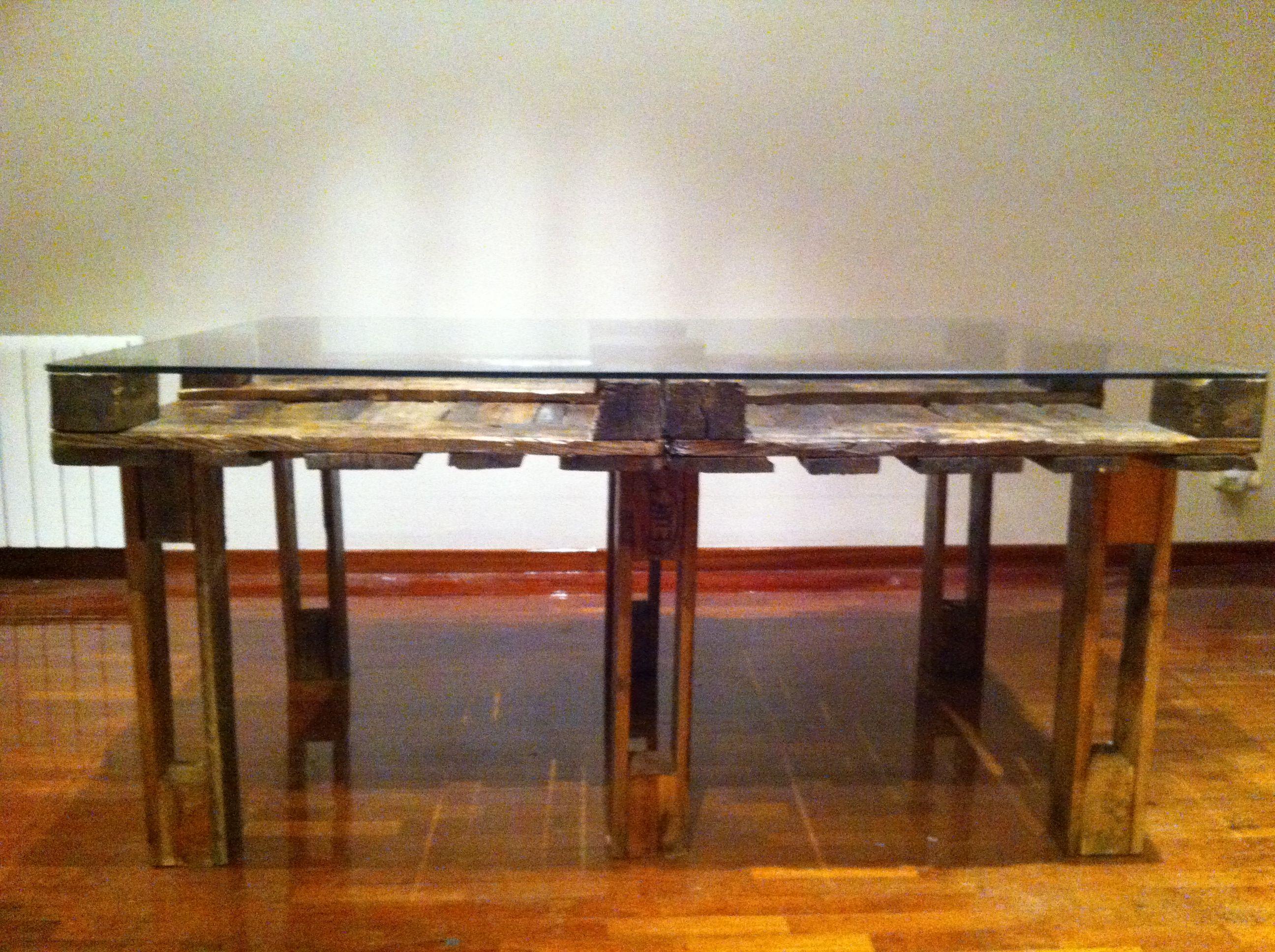 Mesa de comedor con palets reciclados 120x160 idees - Mesa de palets ...