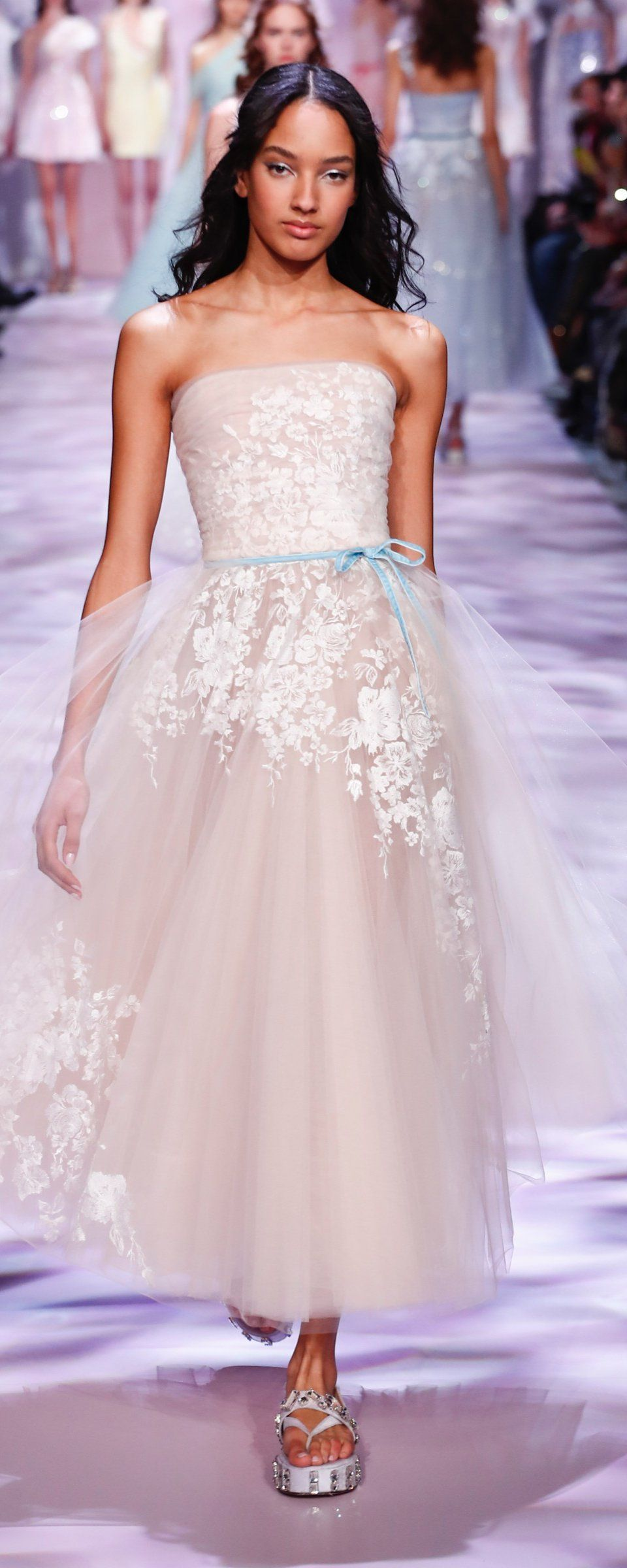 Mila kunis wedding dress  Georges Chakra SS  official pictures  Couture  Georges
