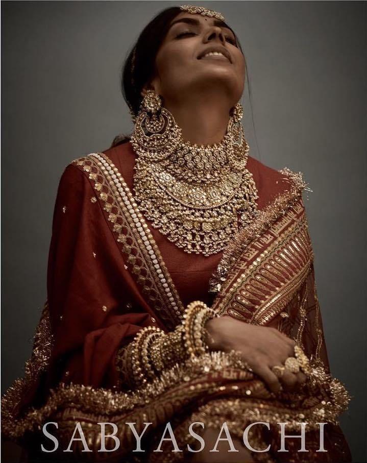 Stunning Sabyasachi 2018 Bridal Jewellery Lehenga Sherwani Sabyasachi Lehenga Bridal Bridal Jewellery Indian Sabyasachi Bridal