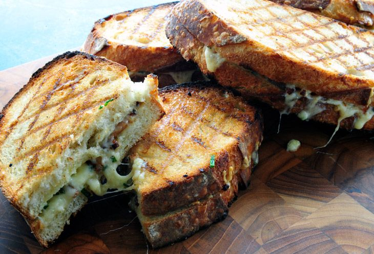 Dan said it was his fav grilled cheese ever. Used apple smoked gruyere and basket weaves the bacon.