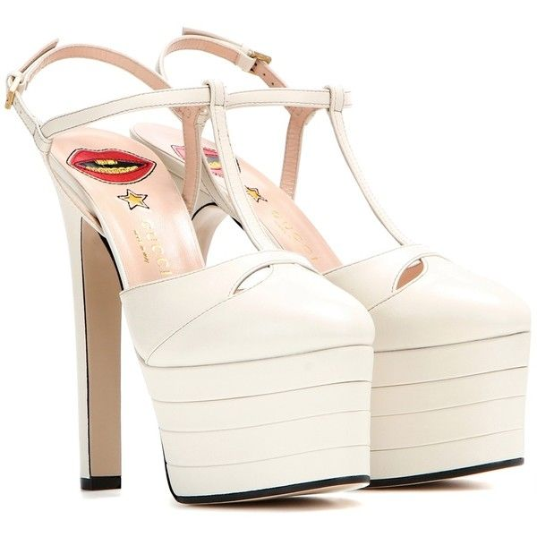 White leather shoes, Platform pumps