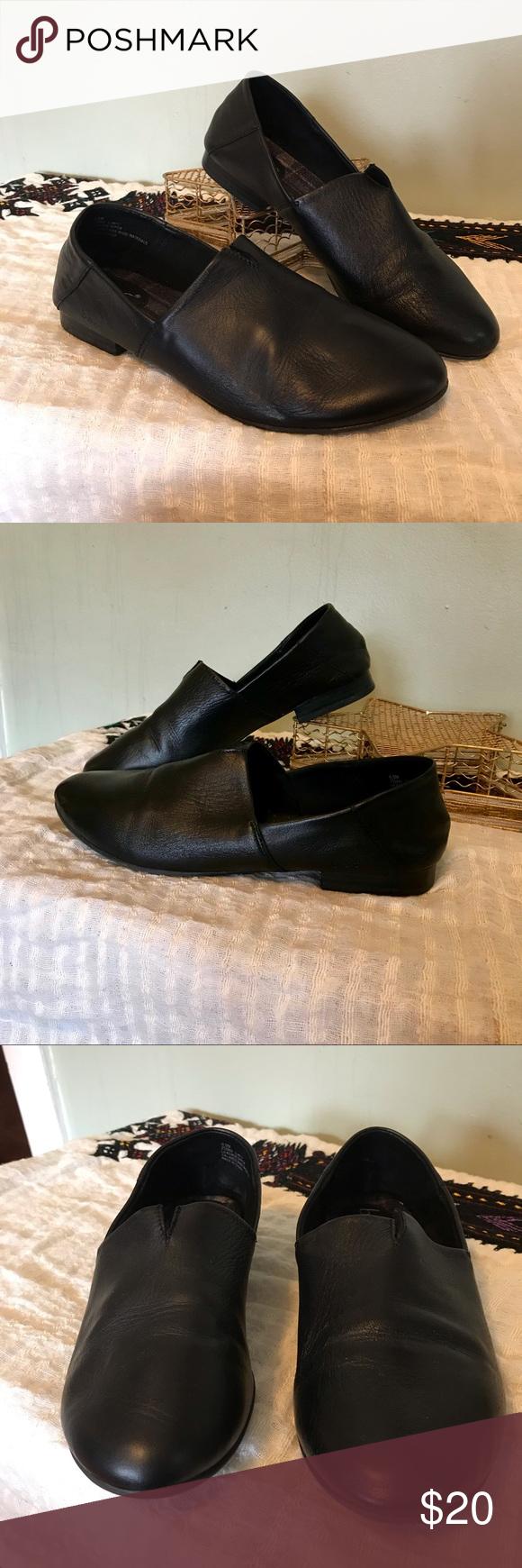 B.O.C Suree Slip-on in black Immaculate