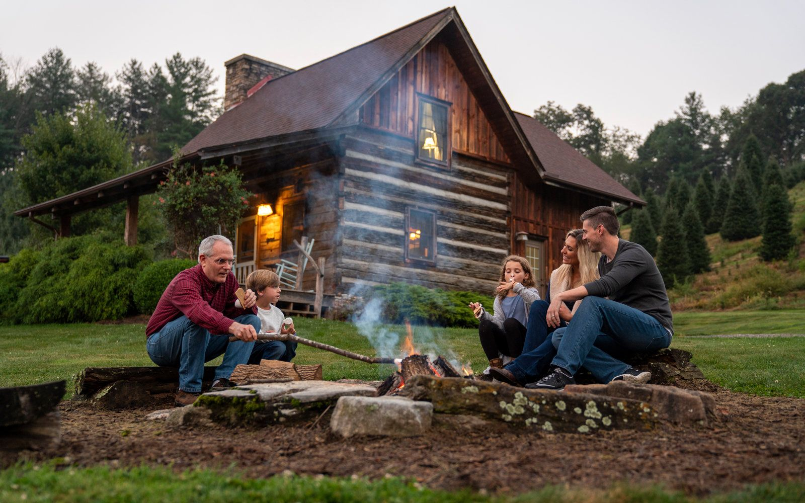 Relaxation Awaits At This 150 Year Old Antique Cabin In North Carolina North Carolina Cabins North Carolina Beaches Smoky Mountains Vacation