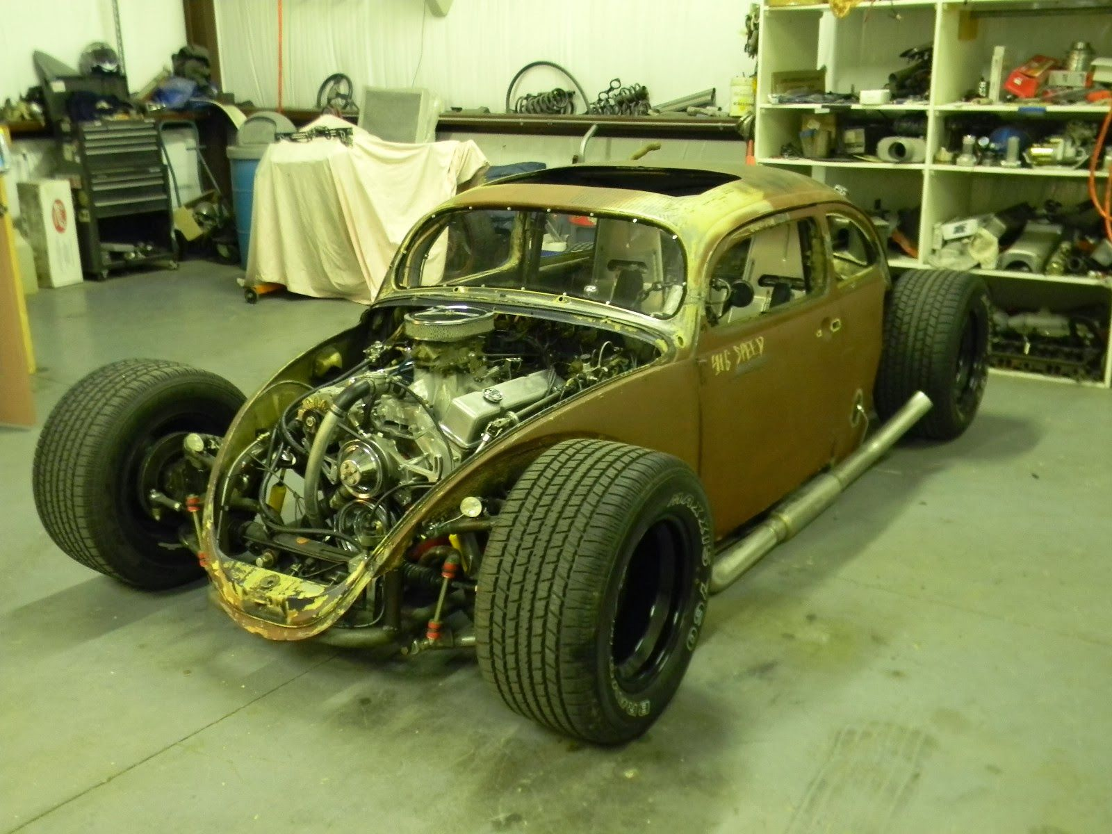 hight resolution of the chassis is completely one off entirely tube and perfectly rigid all four wheels