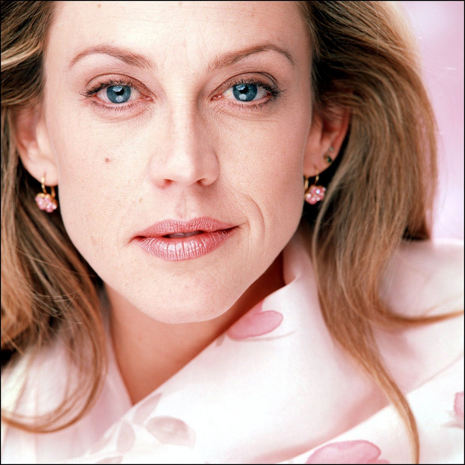 Ally Pin Up Ally Walker Celebrity Pictures